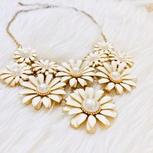 Francescas Daisy Flower Gold Necklace